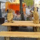 Skulpturen Tisch mit 2 Bänken,  210 x 130 cm Tisch,  Roteiche/Kiefer  999,-