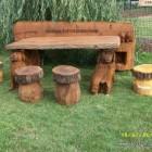Sulpturenbank mit Tisch